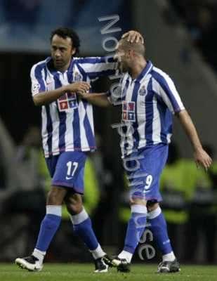 ���� ����� ���������� �������� ����� Lisandro-Lpez-FC_Porto.jpg