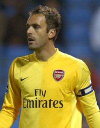 2011 2011 Manuel Almunia 2011 Manuel-Almunia-Arsenal.jpg