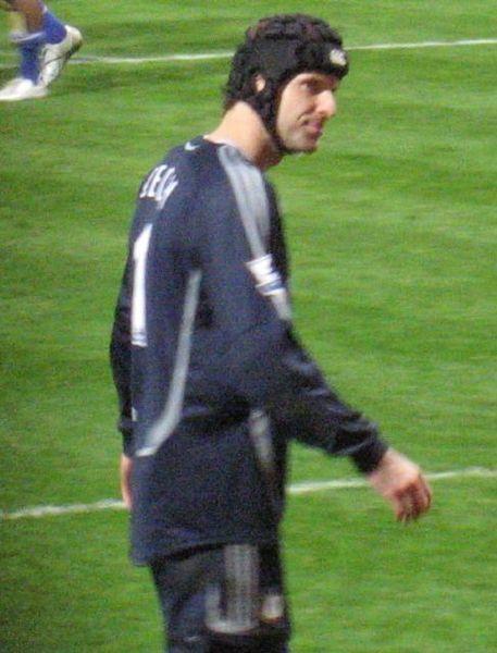 ���� ���� 2011 ������ ����� Cech-Chelsea.JPG