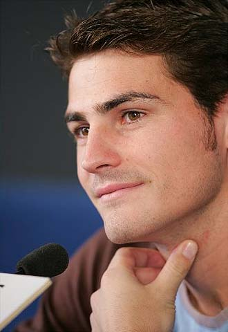 Casillas smile