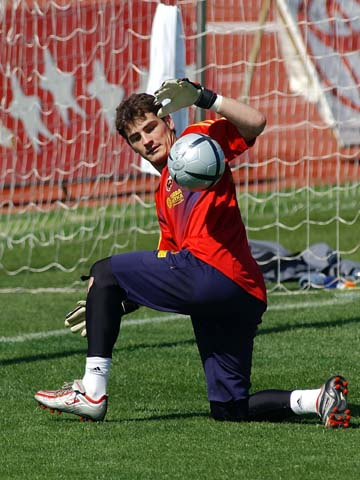Casillas training