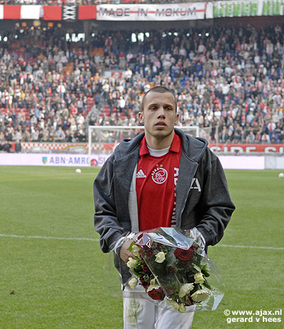 Heitinga Ajax Match