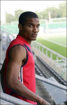 Malouda red 1