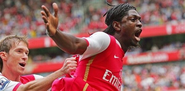 Adebayor 4