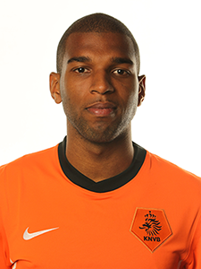 Ryan Babel - 2018 Brown/Black hair & Bohemian hair style. Current length:  near-shaved Hair
